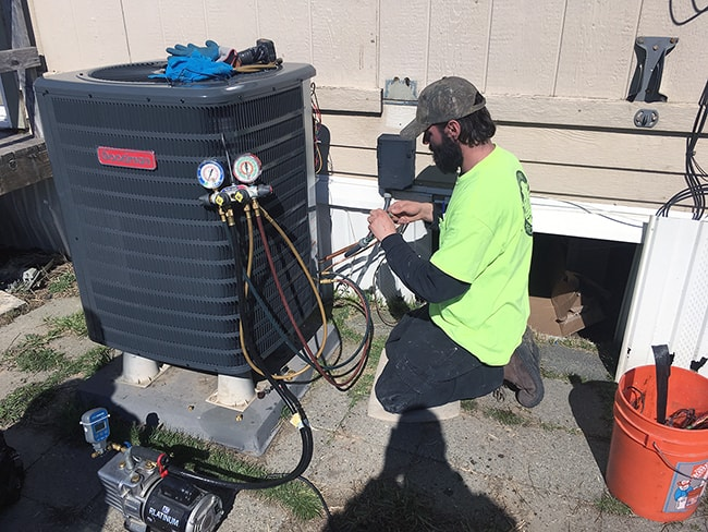 Air Conditioner Maintenance - R&R Heating and Air Conditioning